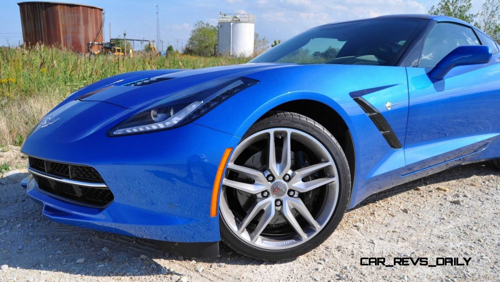 2014 Chevrolet Corvette Stingray Z51 in 102 Photos31