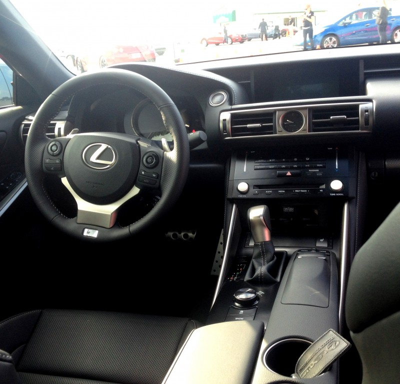 2014 Lexus IS350 AWD F Sport - First-Drive Photos8