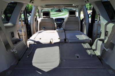 2014 Nissan Pathfinder Platinum Inside and Out10