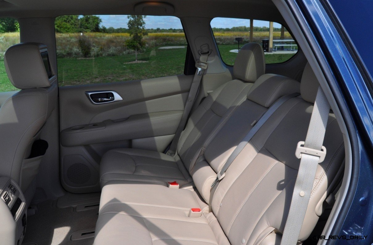 2014 Nissan Pathfinder Platinum Inside and Out13
