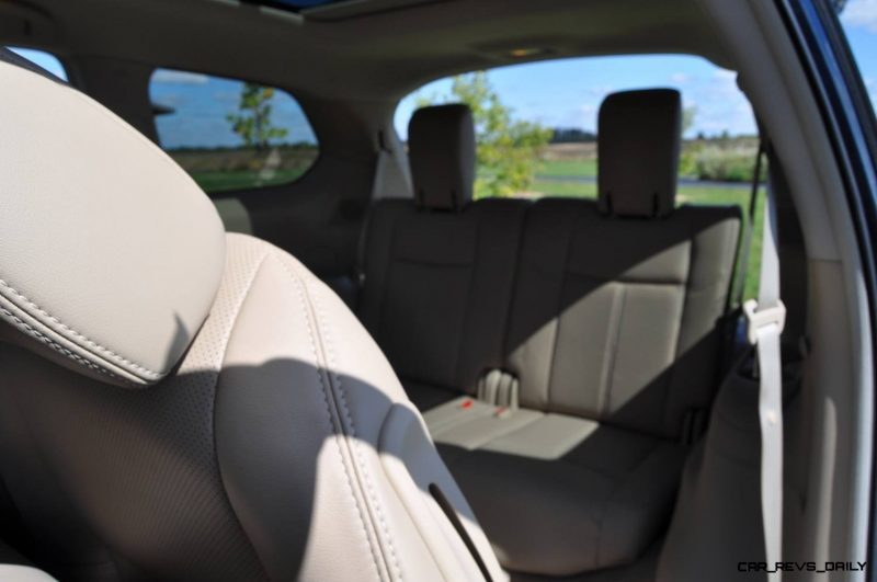 2014 Nissan Pathfinder Platinum Inside and Out5