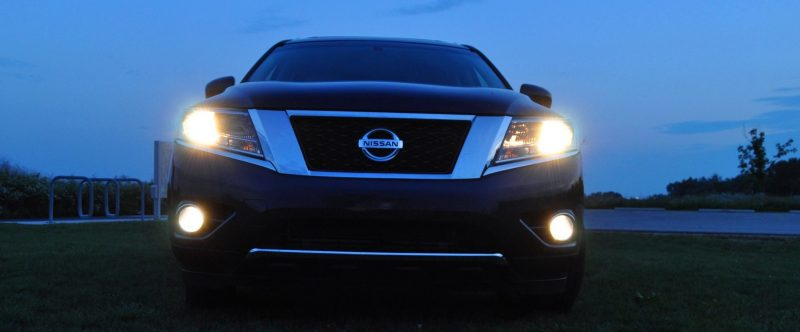 2014 Nissan Pathfinder Platinum Inside and Out77