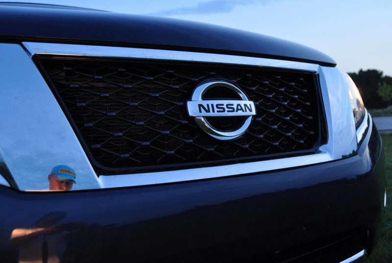 2014 Nissan Pathfinder Platinum Inside and Out79