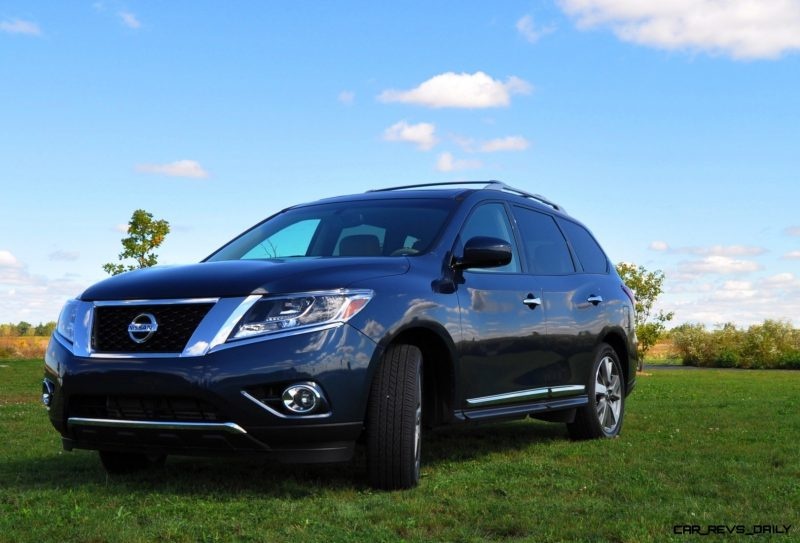 2014 Nissan Pathfinder Platinum Inside and Out90