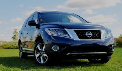 2014 Nissan Pathfinder Platinum Inside and Out92