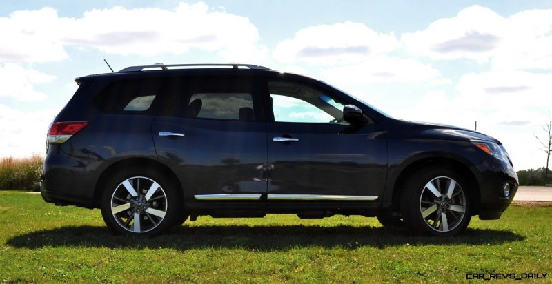 2014 Nissan Pathfinder Platinum Inside and Out94