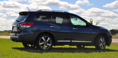 2014 Nissan Pathfinder Platinum Inside and Out97