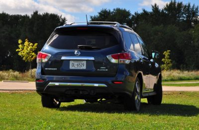 2014 Nissan Pathfinder Platinum Inside and Out98