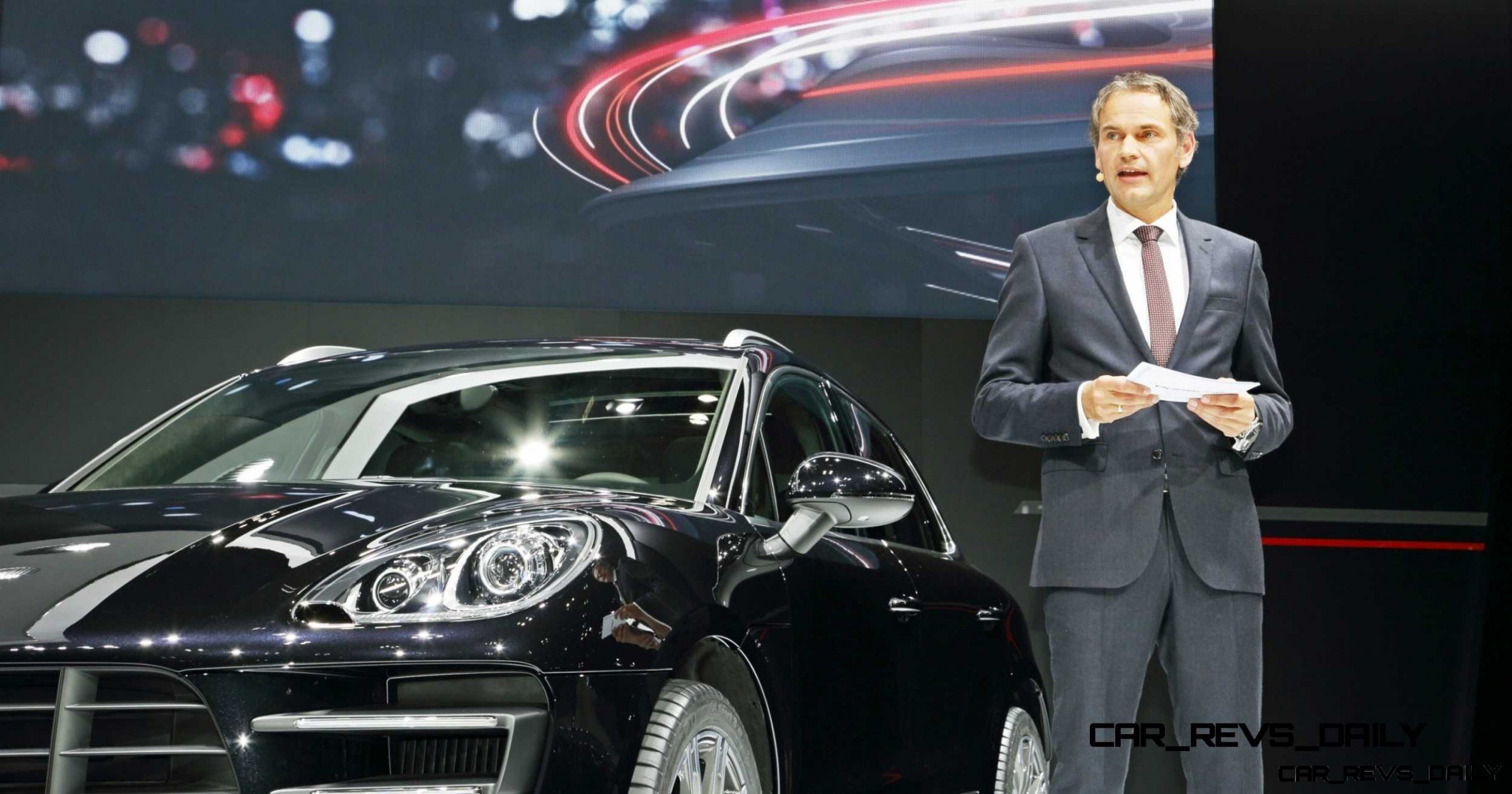 2014 Porsche Macan Turbo and Macan S - Official Debut Photos17