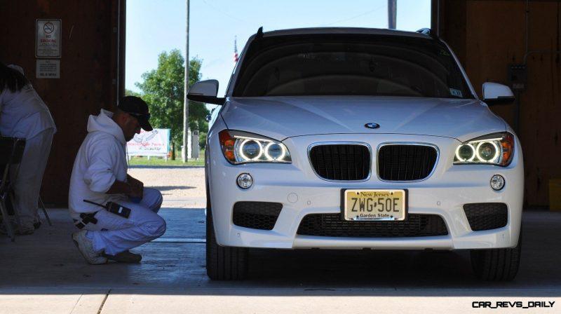 BMW X1 sDrive28i M Sport - Alpine White in 60 High-Res Photos1