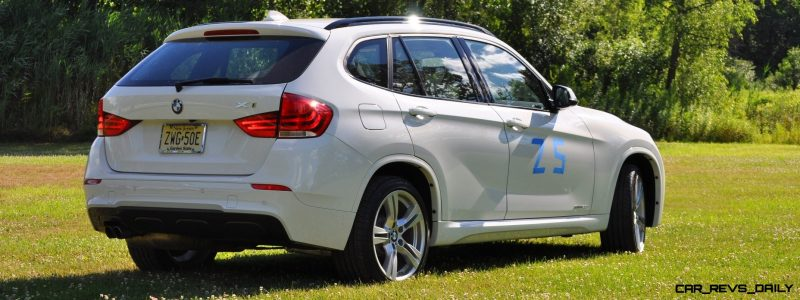 BMW X1 sDrive28i M Sport - Alpine White in 60 High-Res Photos11