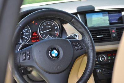 BMW X1 sDrive28i M Sport - Alpine White in 60 High-Res Photos20