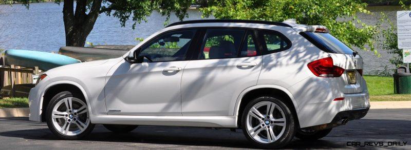 BMW X1 sDrive28i M Sport - Alpine White in 60 High-Res Photos26
