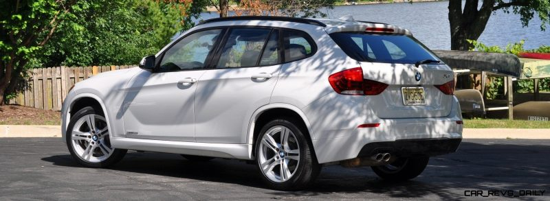 BMW X1 sDrive28i M Sport - Alpine White in 60 High-Res Photos27