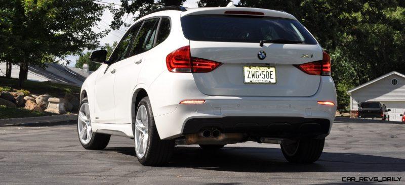 BMW X1 sDrive28i M Sport - Alpine White in 60 High-Res Photos41