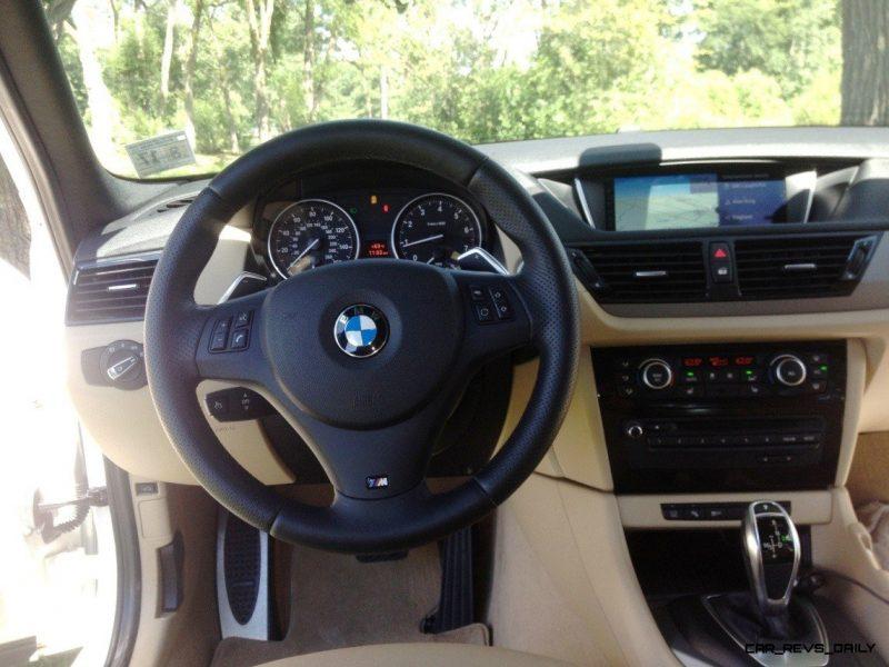 BMW X1 sDrive28i M Sport - Alpine White in 60 High-Res Photos51
