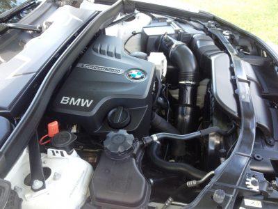 BMW X1 sDrive28i M Sport - Alpine White in 60 High-Res Photos57