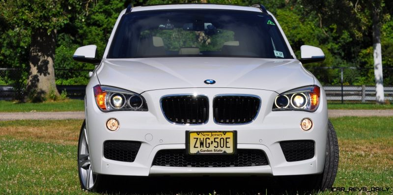 BMW X1 sDrive28i M Sport - Alpine White in 60 High-Res Photos7