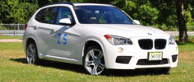 BMW X1 sDrive28i M Sport - Alpine White in 60 High-Res Photos8