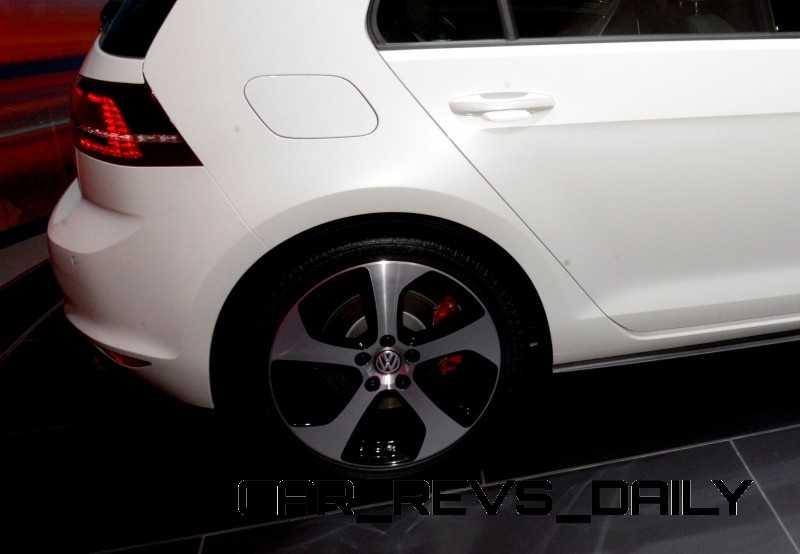 CarRevsDaily Hottest LA Auto Show Debuts41