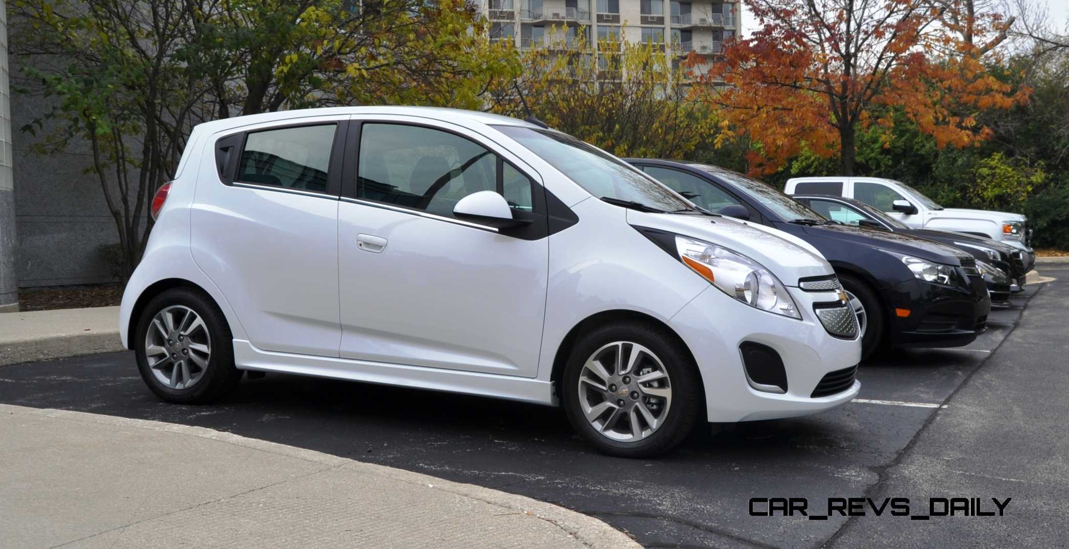 2014 chevrolet spark ev first glimpse photos inside and out looks cute in white. Black Bedroom Furniture Sets. Home Design Ideas