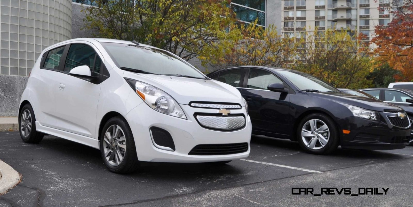 2014 chevrolet spark ev first glimpse photos inside and out looks cute in white car revs. Black Bedroom Furniture Sets. Home Design Ideas
