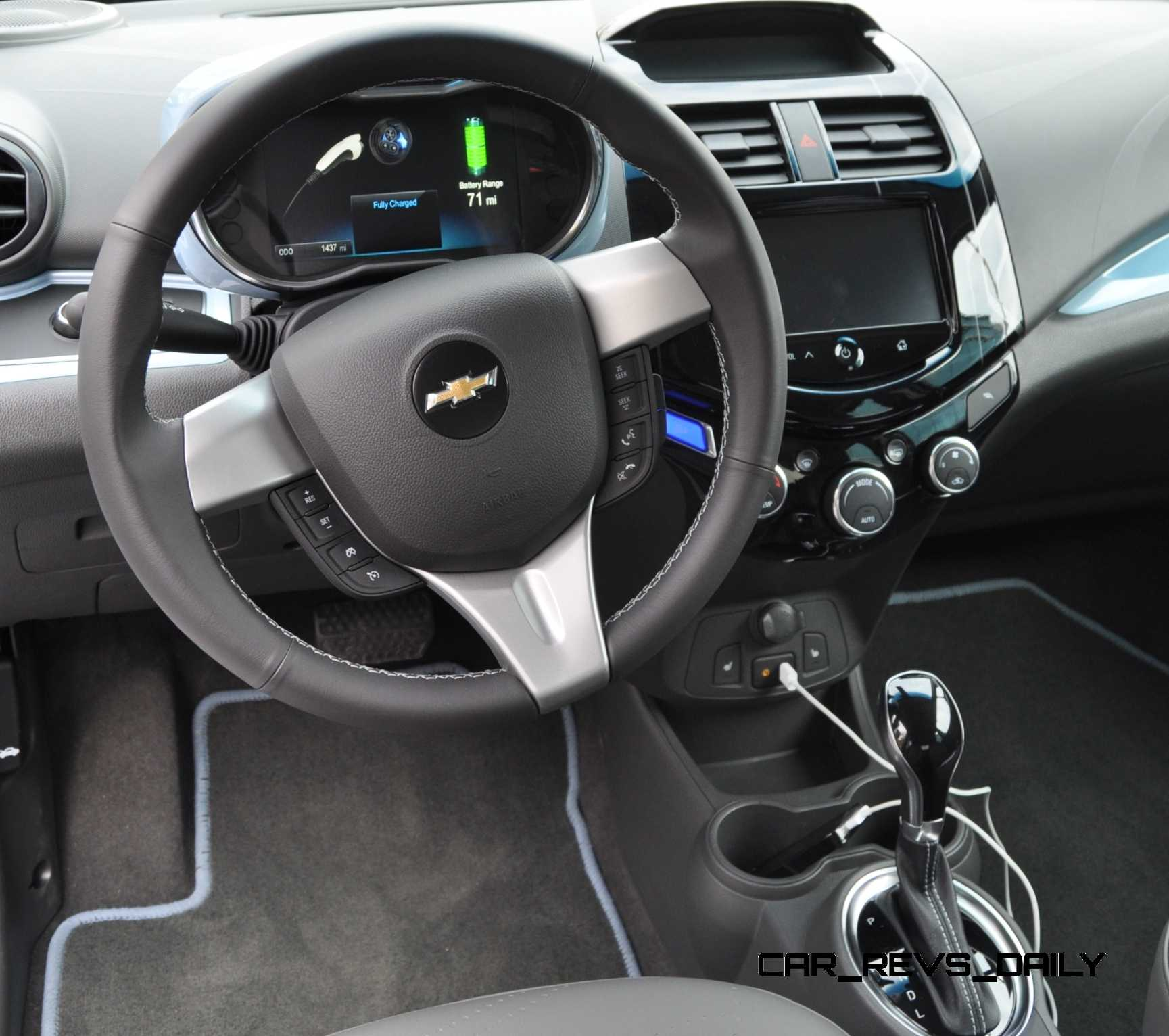 2014 Chevrolet Spark EV - First-Glimpse Photos Inside and