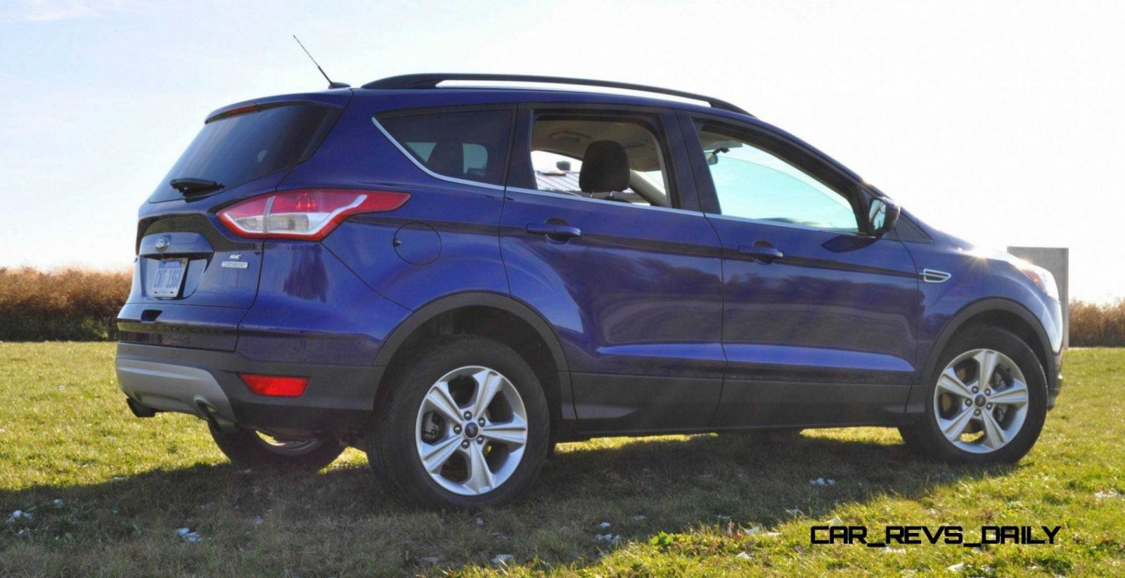 2014 ford escape 1 6l ecoboost in deep impact blue 69 all new photos and 2 driving videos. Black Bedroom Furniture Sets. Home Design Ideas