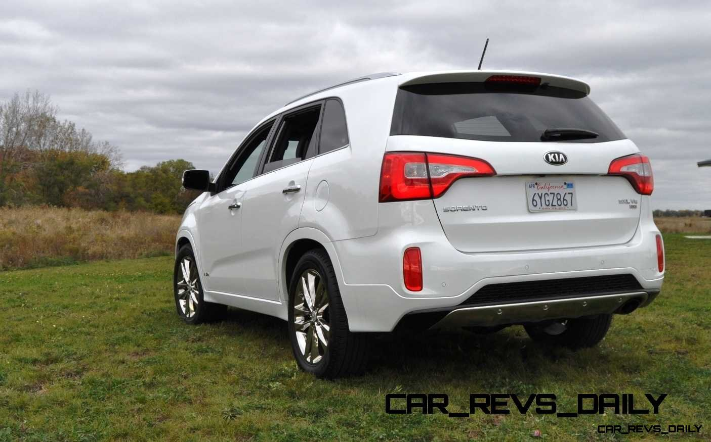 driven review 2014 kia sorento sx l feels lux inside but steering is very unusual. Black Bedroom Furniture Sets. Home Design Ideas