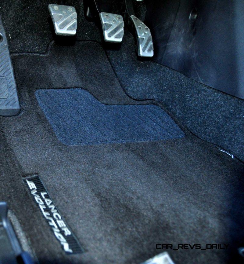 CarRevsDaily.com - 2014 Mitsubishi Lancer Evolution GSR26