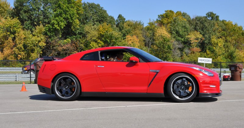 CarRevsDaily.com - First-Drive Photos - 2014 Nissan GT-R Black Edition17