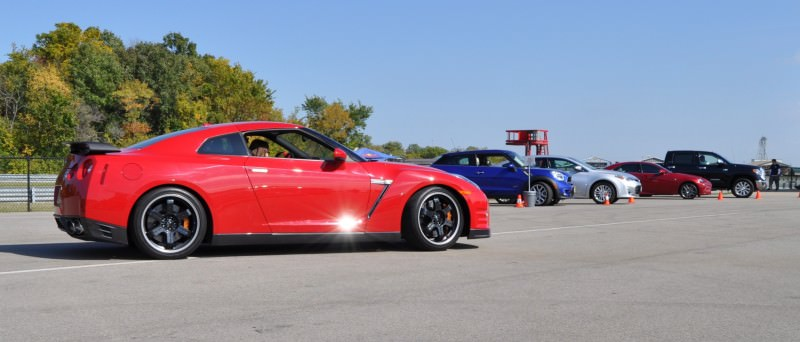 CarRevsDaily.com - First-Drive Photos - 2014 Nissan GT-R Black Edition19