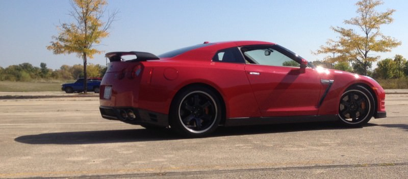 CarRevsDaily.com - First-Drive Photos - 2014 Nissan GT-R Black Edition38