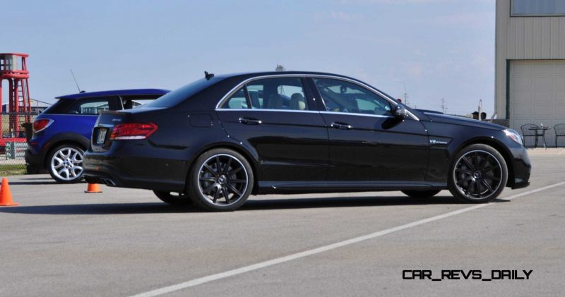 CarRevsDaily.com - Fun Car Gifs - 2014 E63 AMG 4MATIC S-Model in 30 High-Res Images27
