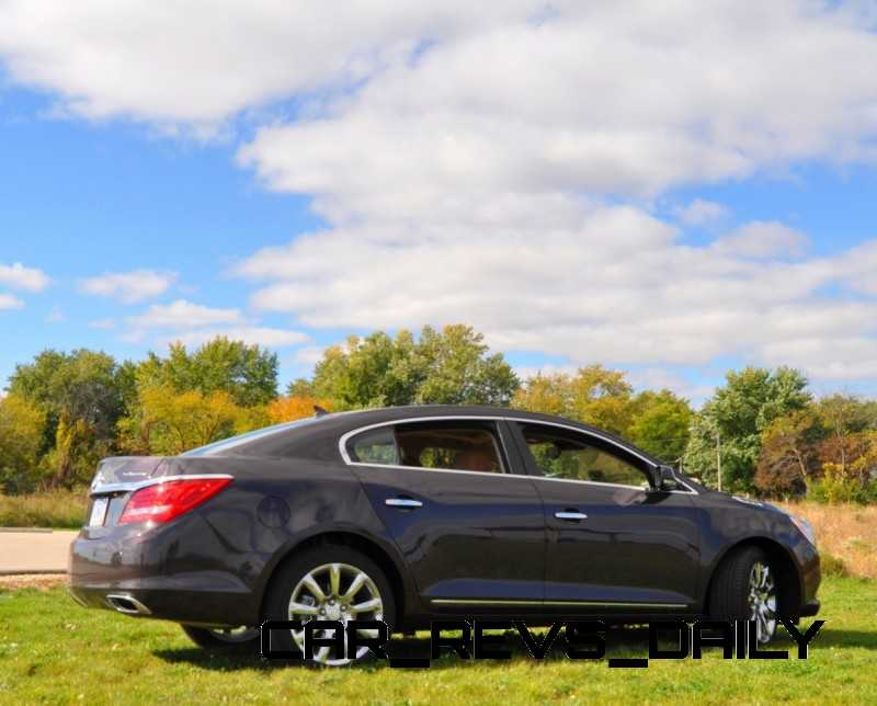 Driven-Car-Review-2014-Buick-LaCrosse-Is-Huge-Smooth-and-Silent141-800x6441