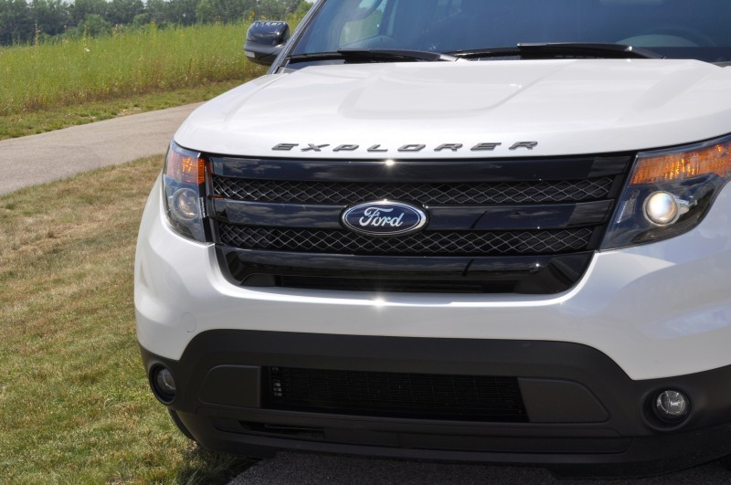 Ford Explorer Sport - Photo Showcase12