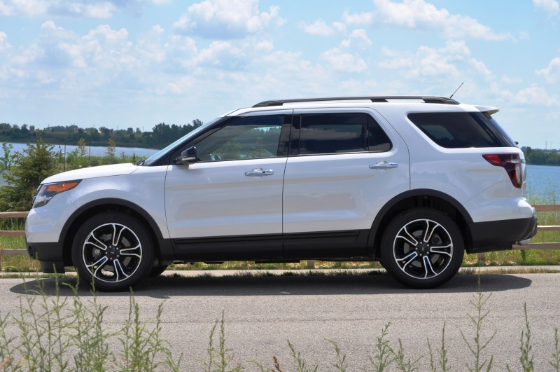 Ford Explorer Sport - Photo Showcase2