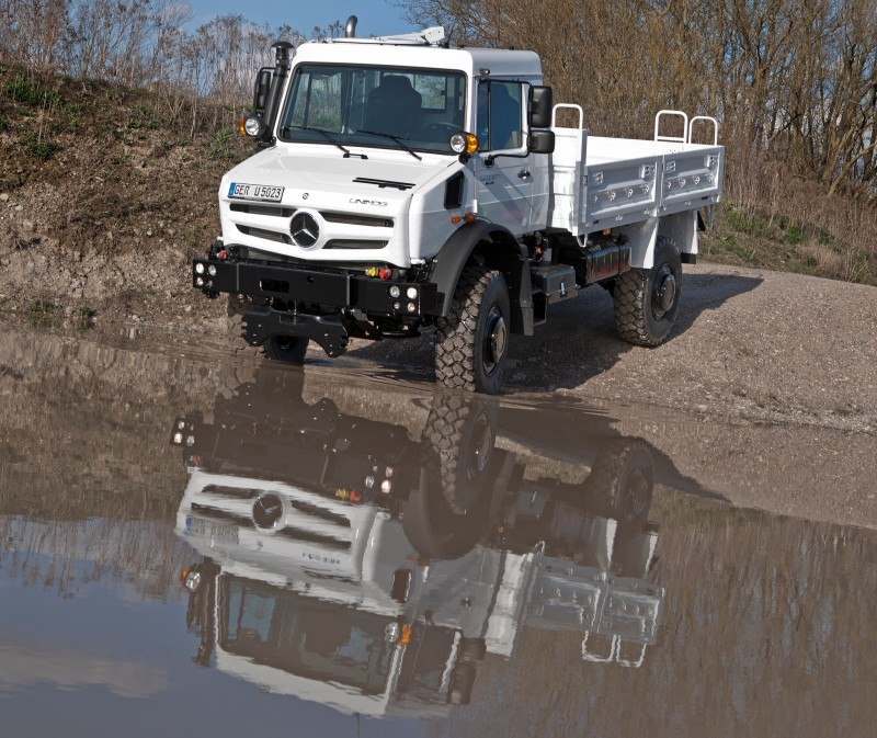 New Unimog U5023 - Review CarRevsDaily.com 57
