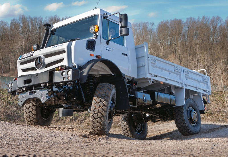 New Unimog U5023 - Review CarRevsDaily.com 60