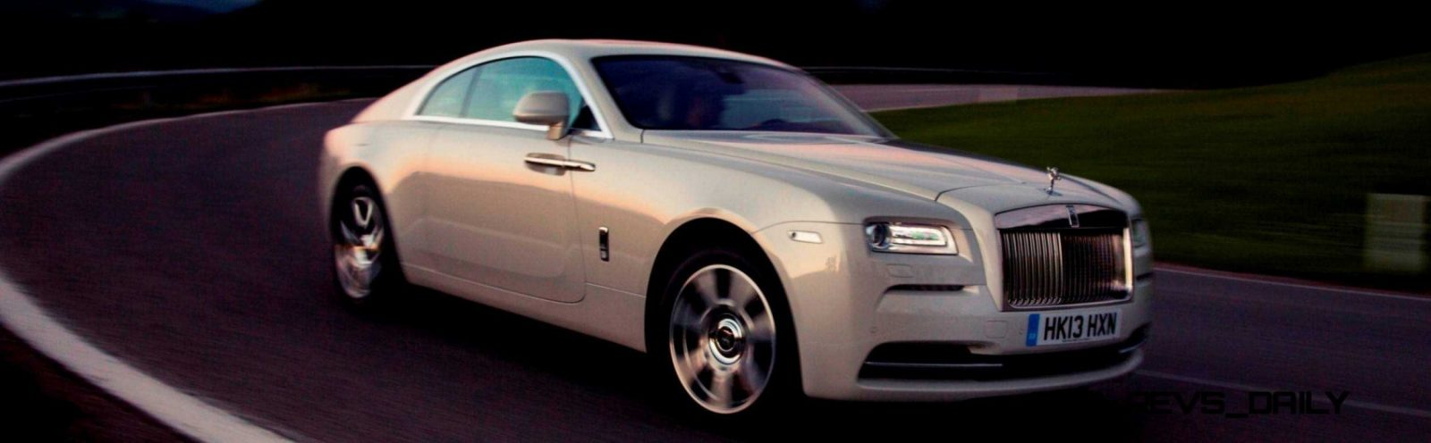 RR Wraith Carrara White Color Showcase CarRevsDaily6
