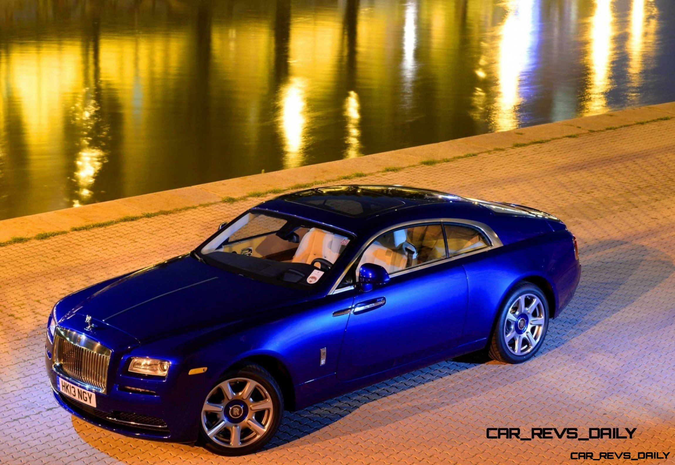 Rolls-Royce Wraith - Color Showcase - Salamanca Blue22