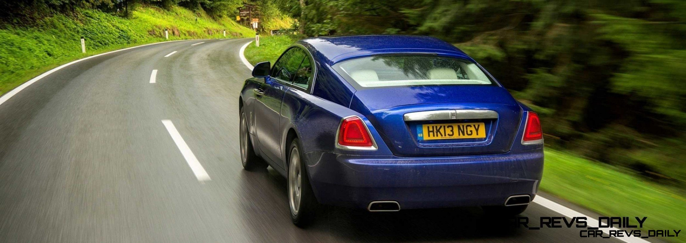 Rolls-Royce Wraith - Color Showcase - Salamanca Blue27