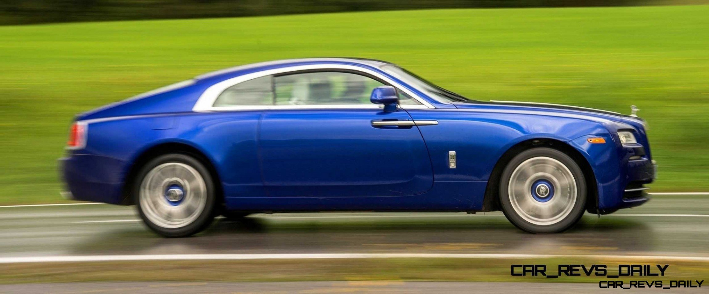 Rolls-Royce Wraith - Color Showcase - Salamanca Blue33