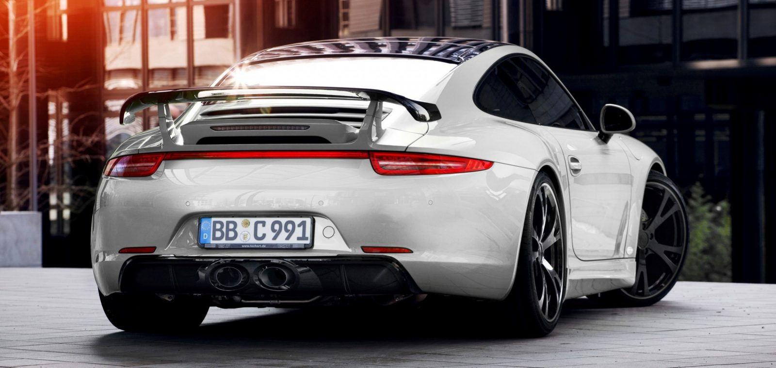 TECHART_for_Porsche_911_C4S_exterior4