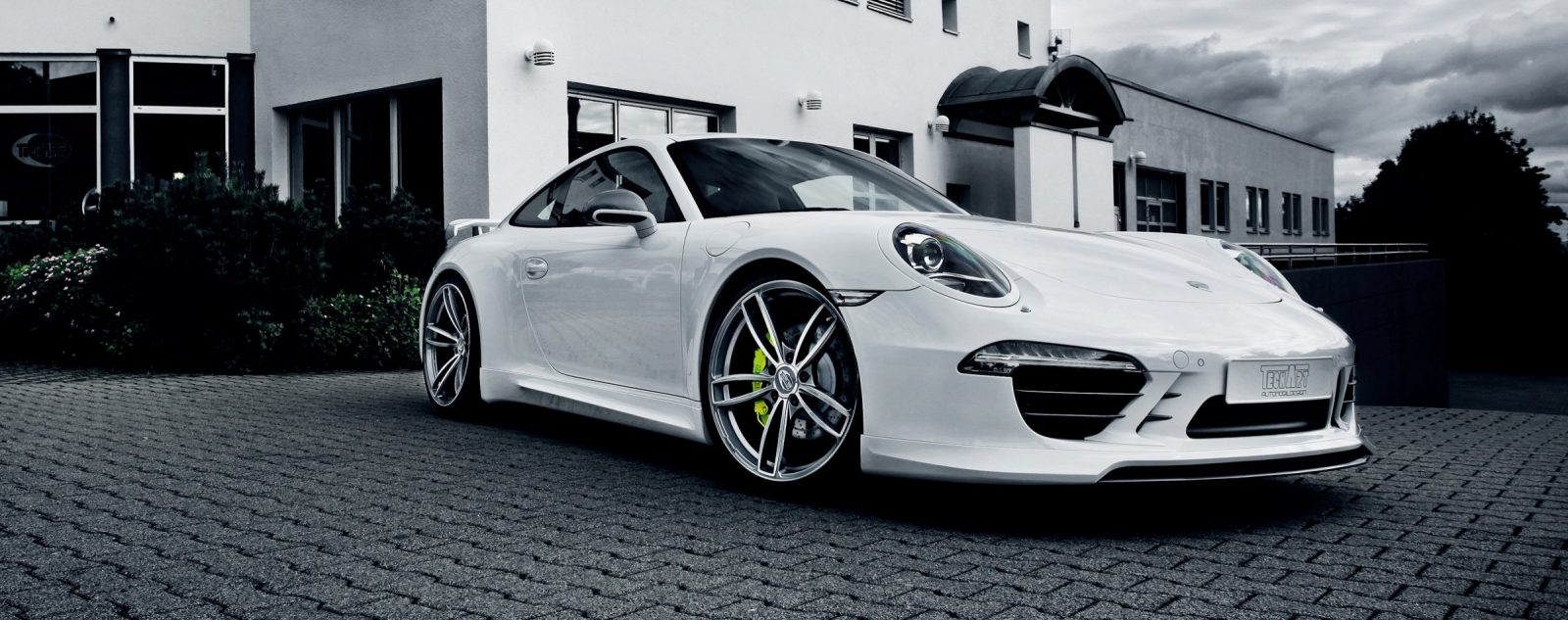 TECHART_for_Porsche_911_Carrera_4S_with_Formula_IV_exterior2