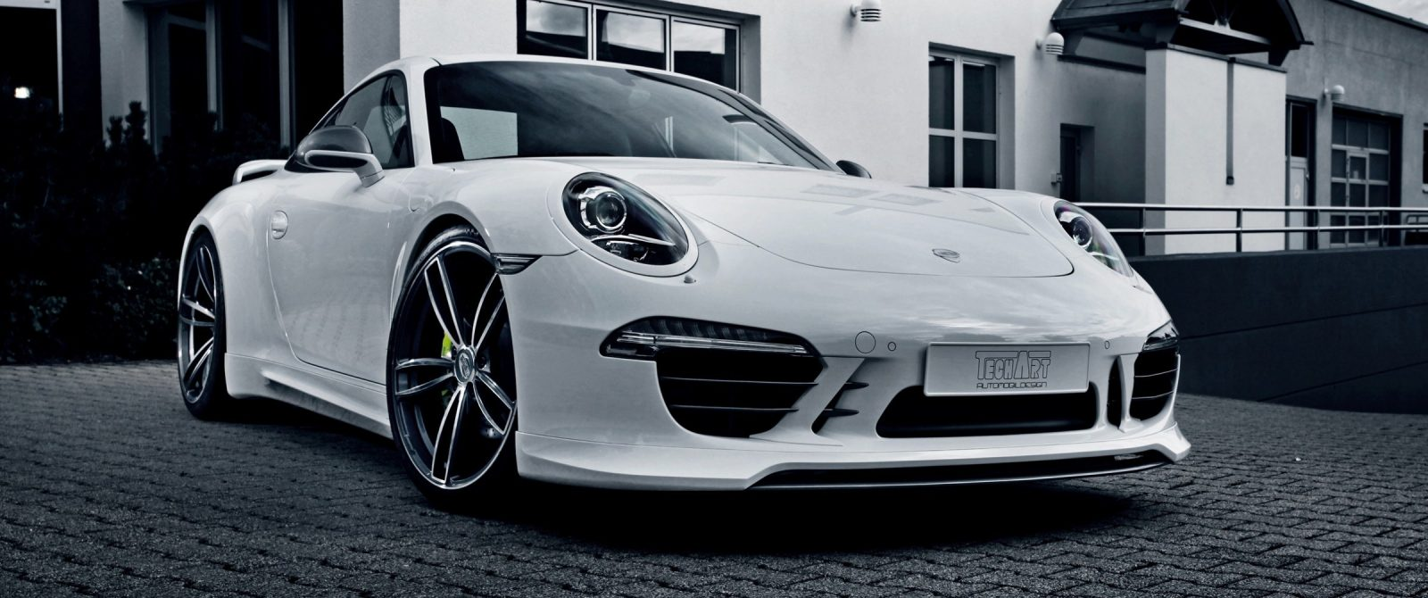 TECHART_for_Porsche_911_Carrera_4S_with_Formula_IV_exterior3
