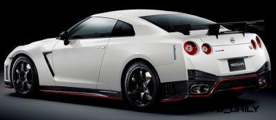 3 2014 Nissan GT-R NISMO Brings FutureTech and 600 Horsepower