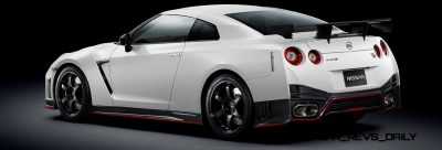 6 2014 Nissan GT-R NISMO Brings FutureTech and 600 Horsepower