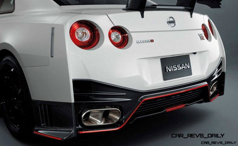 2014 Nissan GT-R NISMO Brings FutureTech and 600 Horsepower9 2014 Nissan GT-R NISMO Brings FutureTech and 600 Horsepower
