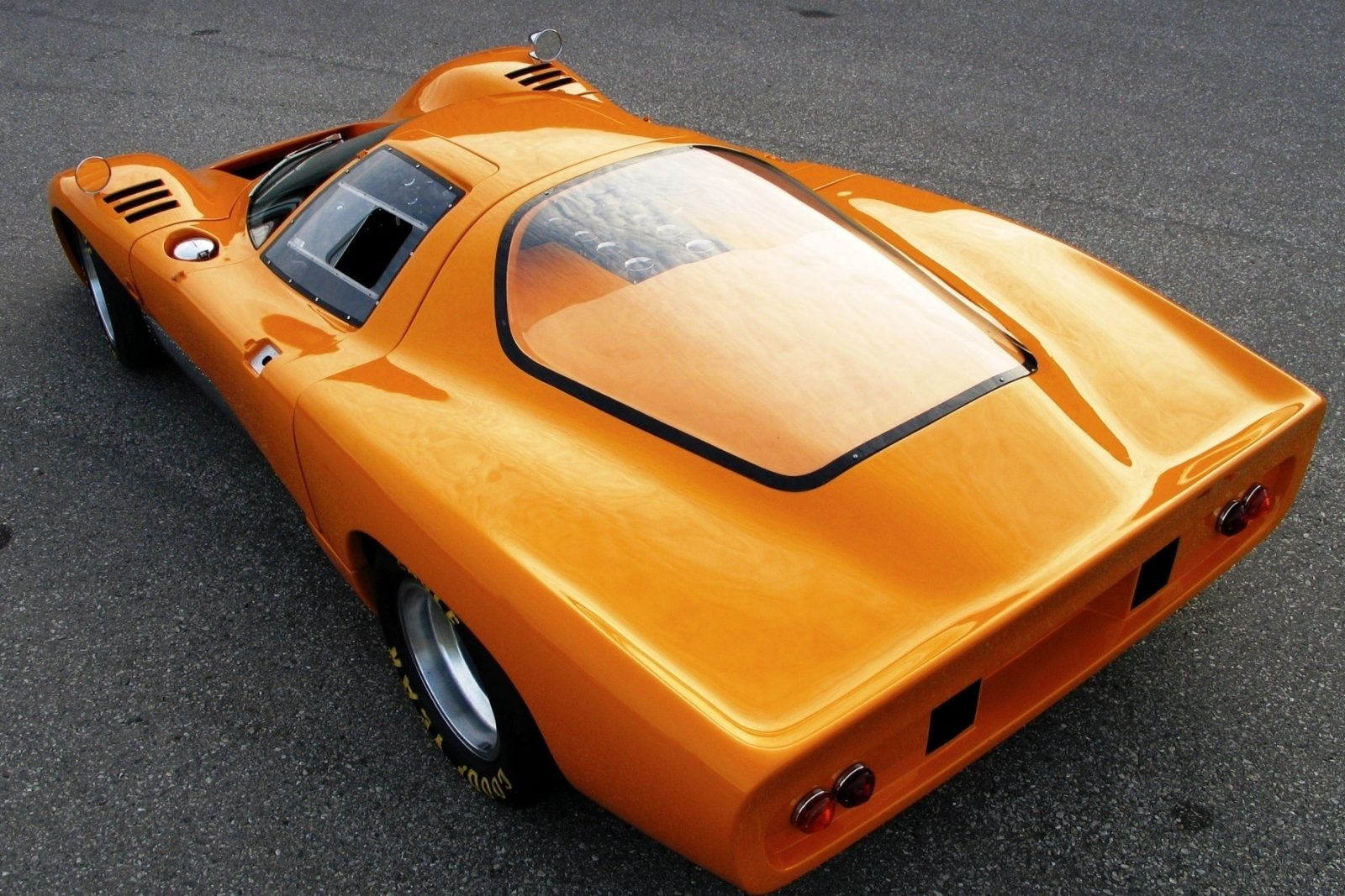 1969 McLaren M6GT - Specs vs F1 and P1 - Photo 54